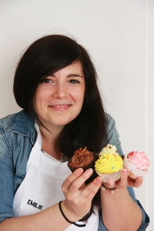 Emilie Candidate de l'émission Masterchef saison 2 diffusé sur TF1 et ses cupcakes Photo © Zézette Suey